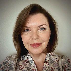 Christina Lewis
